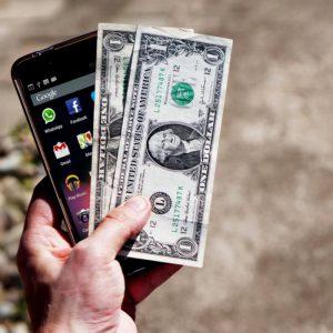 Pieniądze i telefon